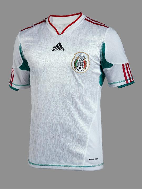 Nueva camiseta blanca de la Selección Mexicana  edición limitada  Bicentenario 2010 945ecc02a889a