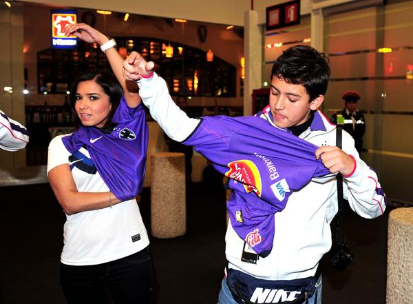 Nueva camiseta Nike morada de Rayados de Monterrey 2011  Más fotos ... 0af80de0a2fd6