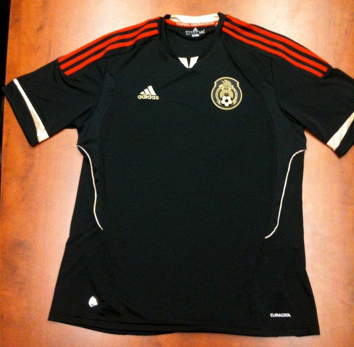 Nueva camiseta negra Adidas de México  temporada 2011-2013 ... f34b6f94b9805