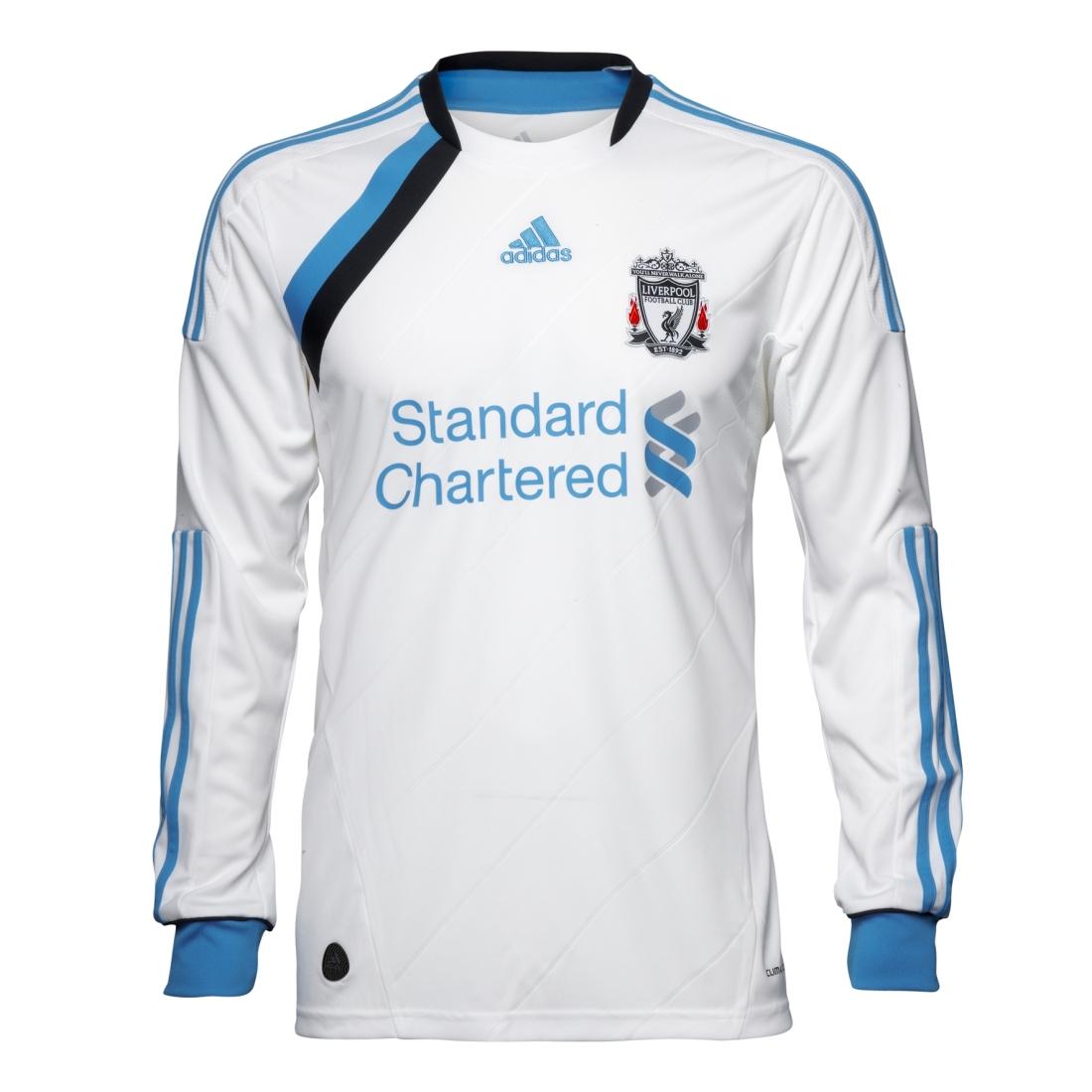 Centelleo suspicaz igualdad  Nueva camiseta Adidas blanca del Liverpool; temporada 2011-2012 – Elias con  acento en la