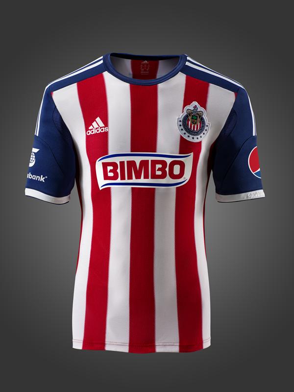 camiseta Adidas de las Chivas de Guadalajara; temporada 2013-2014