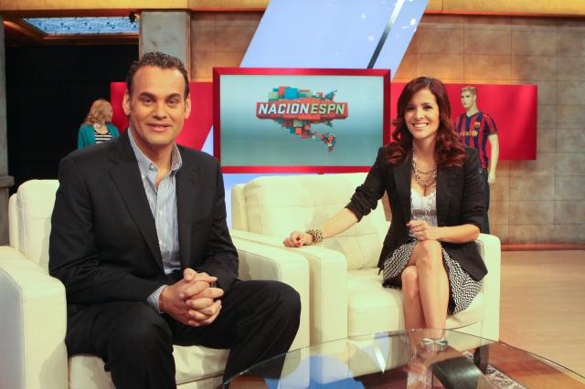 256949-David_Faitelson_l_and_Adriana_Monsalves_in_ESPN_Deportes_Nacion_ESPN_