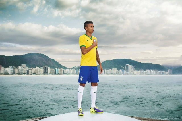 Brazil 2014 World Cup Home Kit (7)