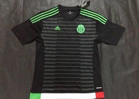 98f012adc18a8 camiseta-negra-seleccion-mexicana