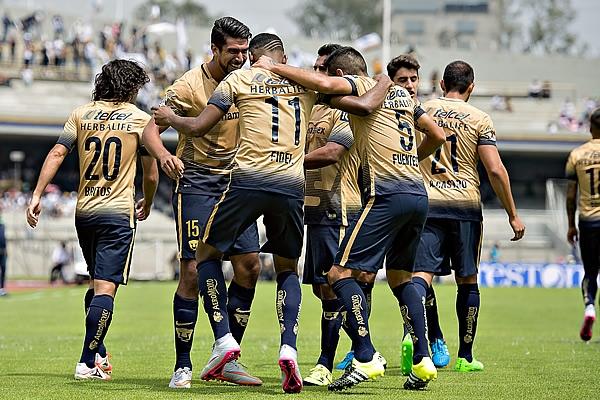 Pumas derrotó a Veracruz y alcanzó la cima de la tabla general. (Mexsport)